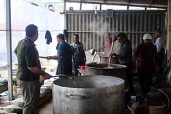 طبخ ۲۰۰هزار پرس غذا برای زائران اربعین