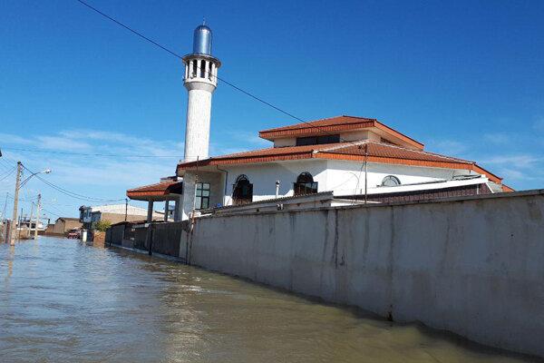 وضعیت آق قلا بحرانی است/ ایجاد خاکریز برای کاهش ورود آب