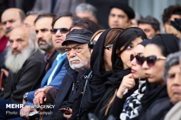 Funeral ceremony for veteran Iranian actor Mashayekhi