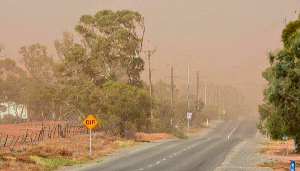 آسٹریلیا میں مٹی کے طوفان سے لوگوں میں خوف و ہراس پھیل گیا