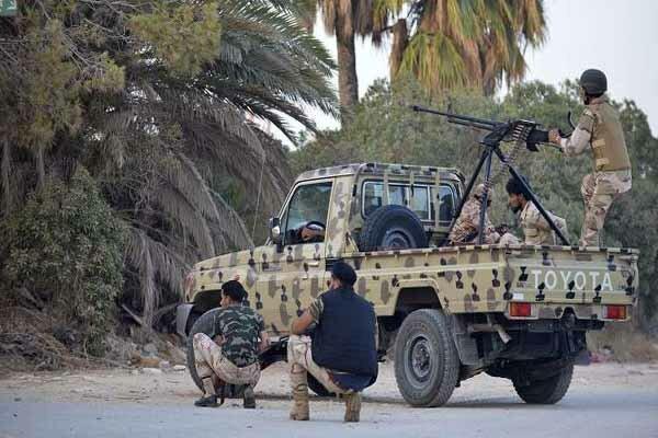 لیبیا کے دارالحکومت طرابلس کے جنوبی علاقہ میں لڑائی میں 21 افراد ہلاک
