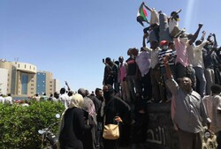آیا ارتش سودان به معترضان پیوسته است؟