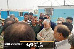 جنرل سلیمانی کا خوزستان کے سیلاب سے متاثرہ علاقوں کا دورہ