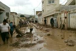 قرارگاه امام رضا(ع) به یاری سیلزدگان لرستان آمد/ از پاکسازی منازل تا طبخ غذا