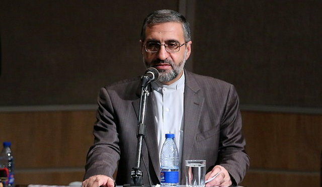 Iran court jails two for spying for Israel