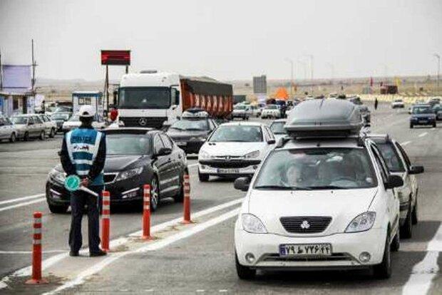شناسایی ۸۰۰۰ مسافر مشکوک به کرونا در جادههای ایران