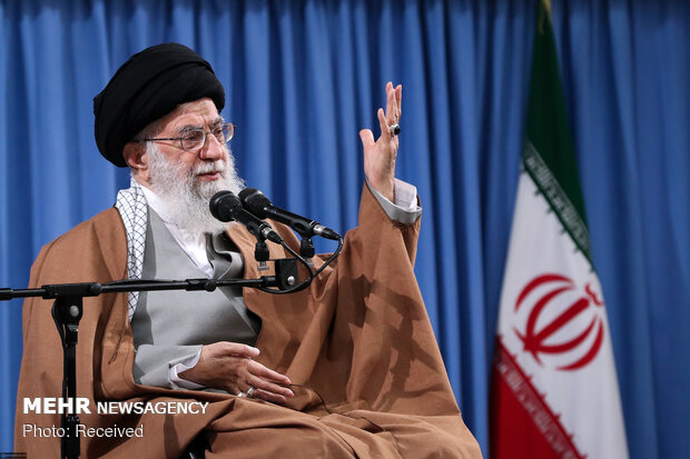 Ayt. Khamenei reacts to Bahraini Al-Khalifa regime's execution of two activists