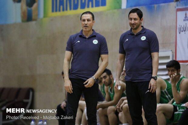 دیدار تیمهای بسکتبال پالایش نفت آبادان و ذوب آهن اصفهان