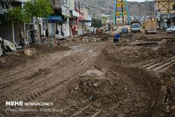 اعزام ماشینآلات شهرداری کرج به لرستان/توزیع کمکهای مردمی