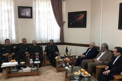 Iranian FM Zarif meets IRGC cmdr.