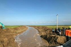 احداث کانال ۴ کیلومتری صفا ایشان در گمیشان جهت کنترل سیلاب