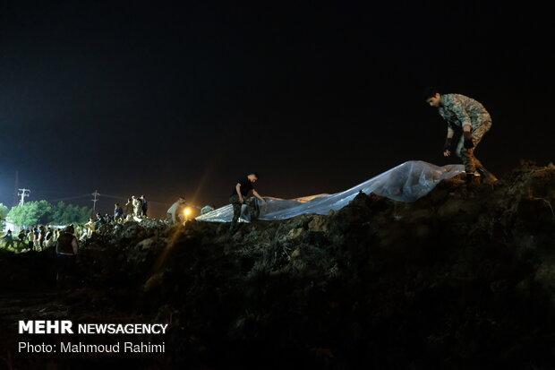 احداث شبانه سیل بند در اهواز