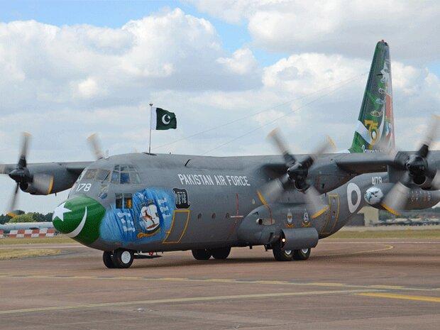 پاکستان کا  طیارہ امدادی سامان لیکر اہواز پہنچ گیا