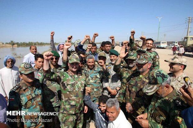 Two high-ranking Army commanders visit flood-hit Khuzestan prov.