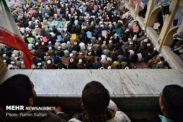 اجتماع حوزویان مشهد مقدس در حمایت از سپاه پاسداران