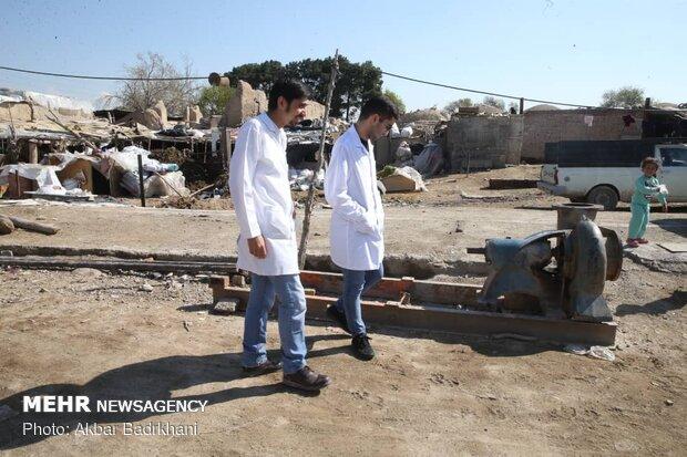 ویزیت رایگان ۳۷۵نفر از اهالی متاثر از خشکسالی شهرستان خمیر