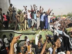 سوڈان میں فوجی حکومت کے خلاف عوامی دھرنا جاری/ فائرنگ سے متعدد افراد ہلاک و زخمی