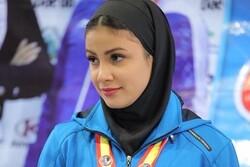 لاعبة كاراتية إيرانية تفوز بميدالية ذهبية