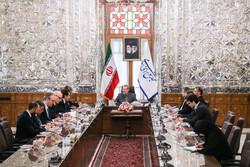 Italian PM's meeting with Larijani in Tehran