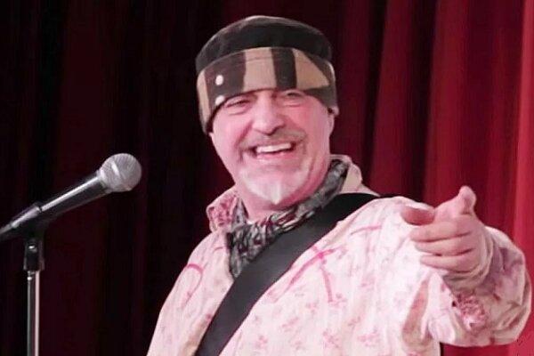 کمدین بریتانیایی حین بازی درگذشت/ ایست قلبی روی صحنه نمایش