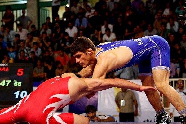 إيران تفوز ببطولة آسيا للمصارعة الحرة