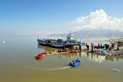 Artemia ship once again float in Lake Urmia