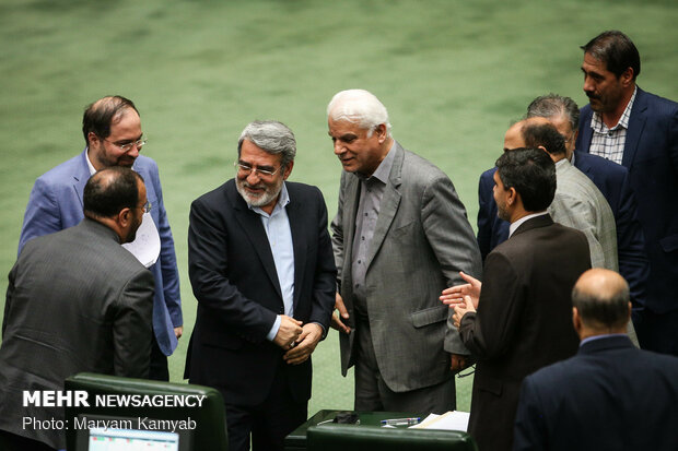 Parl. session on assessing flood damage in Iranian provs.