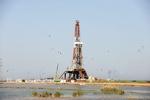 پشت پرده ۲۷ قرارداد افزایش تولید نفت/ ۷۵ درصد درآمد نفتی طرح در جیب بخش خصوصی!