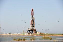 انسداد چاههای نفتی موقتی است/ حقوق و بیمه کارکنان پرداخت میشود