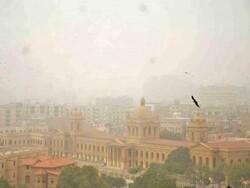 کراچی میں تیز ہواؤں اور آندھی کے نتیجے میں متعدد افراد ہلاک