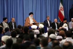 Devrim Lideri, Kur'an-ı Kerim Yarışması'na katılan yarışmacılarla görüştü