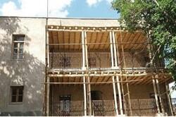 مرمت خانه پدری استاد شهریار در روستای خشکناب