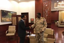 الأطراف السودانية توقع الإعلان الدستوري