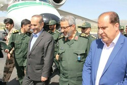 رئیس سازمان بسیج مستضعفین کشور از مناطق سیل زده ایلام بازدید کرد