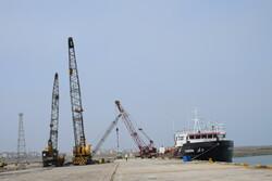 هدایت بخشی از کشتیهای حمل کالای اساسی به بنادر شهید رجایی و چابهار