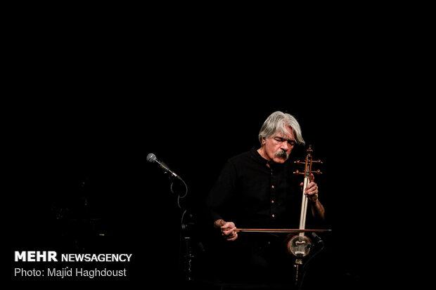 """کنسرت """"شهر خاموش"""" کیهان کلهر در تالار وحدت"""