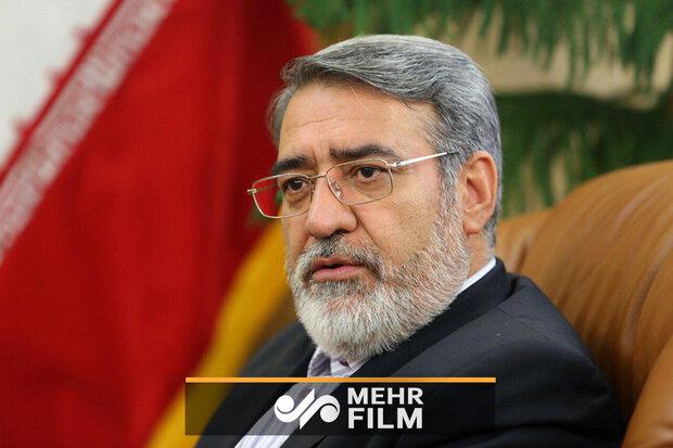 وزیر کشور: مردم همچنان پشت انقلاب و حامی انقلاب هستند