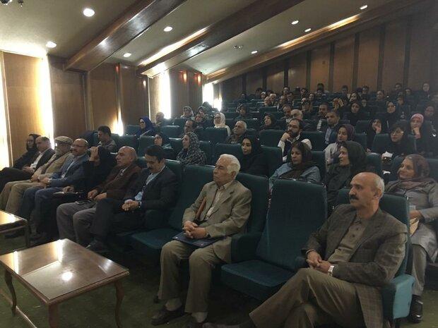 نشست بازشناسی کتاب «این کیمیای هستی» در شیراز برگزار شد