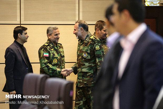 نشست خبری فرمانده نیروی زمینی ارتش