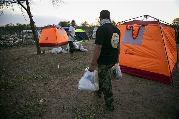 کمکرسانی نجباء به سیلزدگان اهواز+ تصاویر - 11