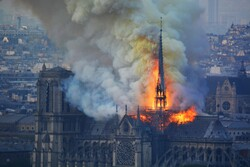 VIDEO: Historical Notre Dame Cathedral on fire