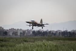 المرحلة التمهيدية لإستعراض مقاتلات الجيش الايراني / صور