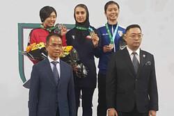 ايرانيتان تحرزان ذهبيتين في الدوري العالمي بالكاراتيه