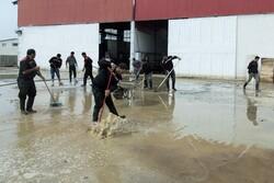 """عودة سكان """"آق قلا"""" شمال إيران لبيوتهم بعد شهر من السيول  /صور"""