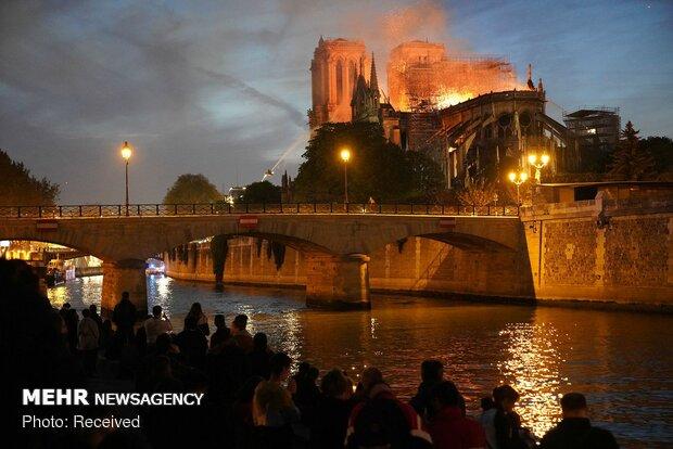 آتش سوزی در کلیسای نوتردام پاریس - 30