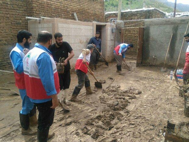 تجلیل از ۲۵۰ داوطلب جمعیت هلال احمر تهران در کمک به سیلزدگان
