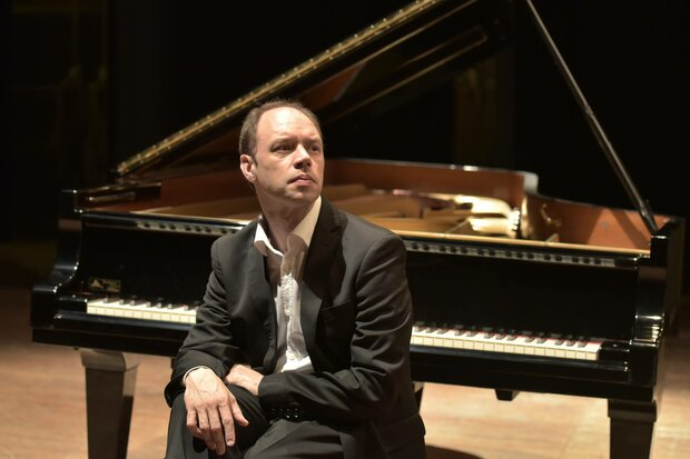 Italian pianist Olaf John Laneri to perform in Tehran