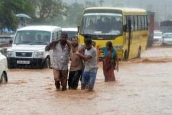 بھارت میں طوفانی بارشوں سے 60 افراد ہلاک
