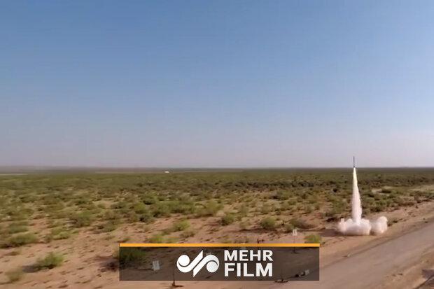پرتاب موشک به ارتفاع ۳۰.۰۰۰ پایی جو زمین