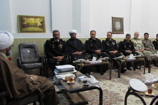 دیدار فرماندهان یگان های ارتش مستقر در گیلان با امام جمعه رشت